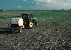 - Роль лесной мелиорации и основной обработки почвы  в формировании урожая ярового ячменя - zemledelie